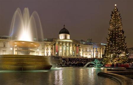 Trafalgar Square December 2006. Photo by DAVID ILIFF