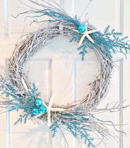 Beachy Winter Wreath