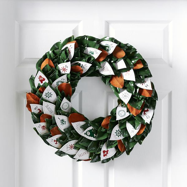 Live Advent Calendar Magnolia Wreath