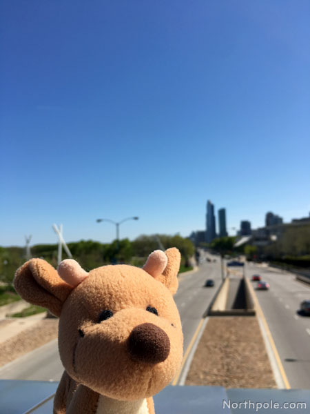 Raymond Around the World: Chicago
