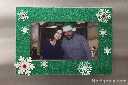 Fast Festive Photo Frame for Your Fridge