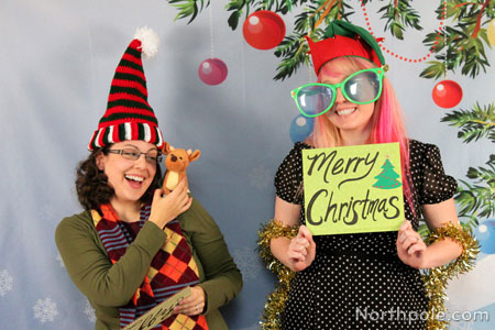 diy christmas party photo booth
